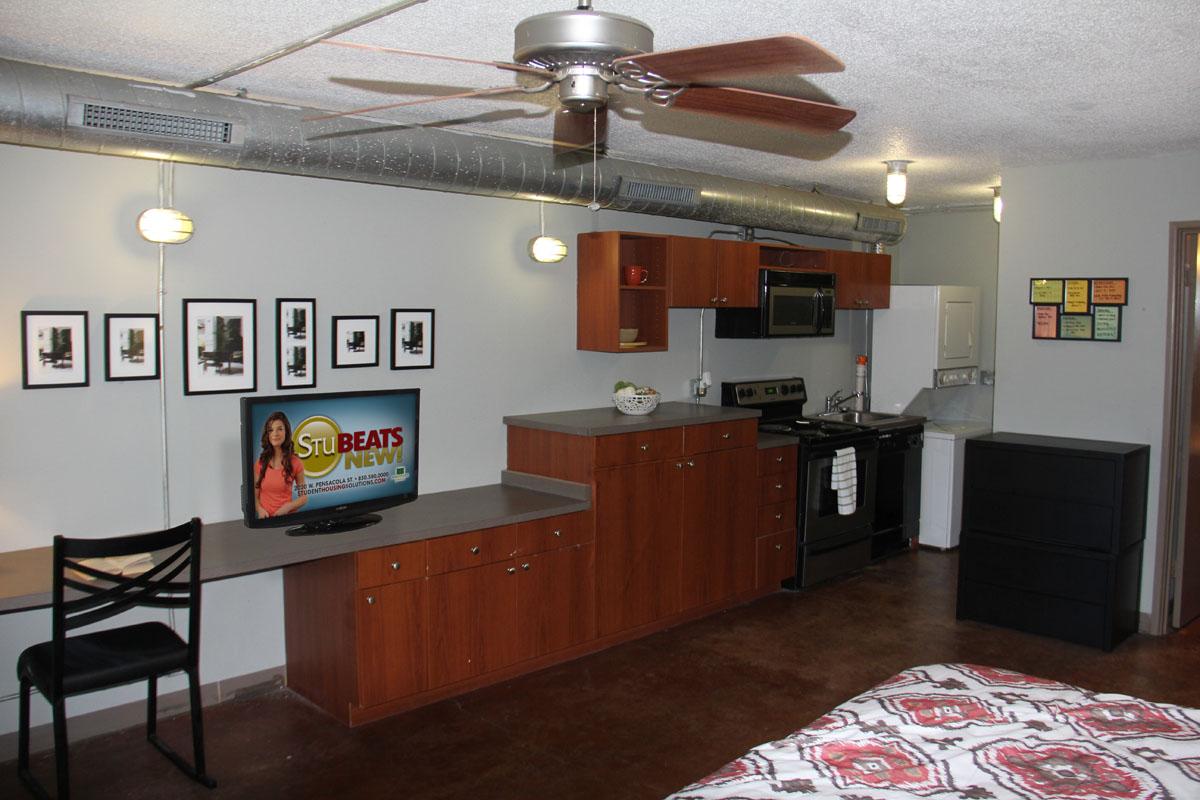 tallahassee apartments | studio apartments near fsu | university lofts