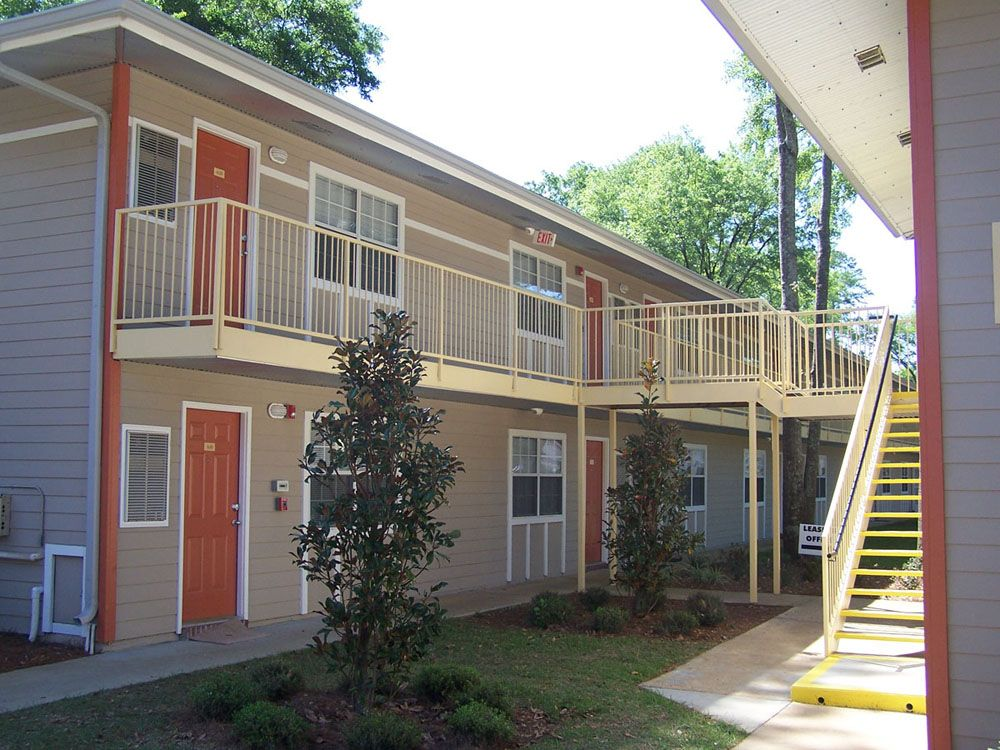 Tallahassee Apartments Student Townhouses Near FSU Villa Cristina - Apartments tallahassee near fsu
