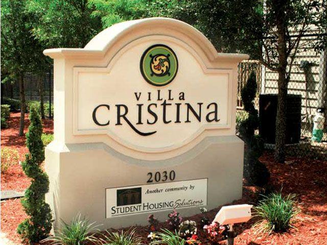 Tallahassee Apartments | Student Townhouses Near FSU | Villa